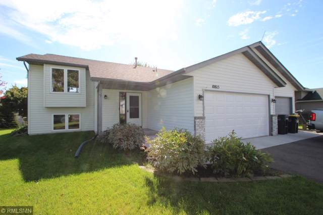 10815 Matthew Drive, Chisago City, MN 55013 (#5315527) :: Bre Berry & Company