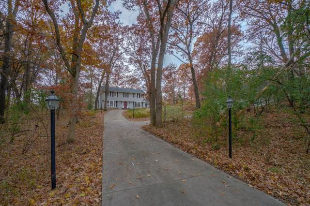2 Shadow Lane, North Oaks, MN 55127 (#5316043) :: Bre Berry & Company