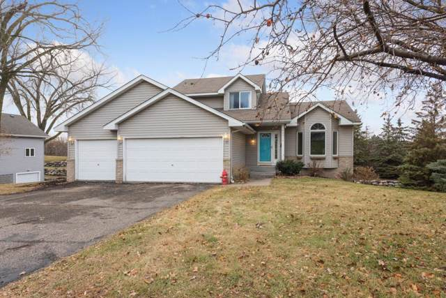 4031 Leslee Curve, Chanhassen, MN 55331 (MLS #5319346) :: The Hergenrother Realty Group