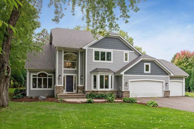 585 Sunny Shadows, Excelsior, MN 55331 (#5320606) :: Bre Berry & Company