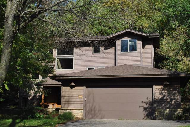 1701 Golf View Drive, River Falls, WI 54022 (#5320991) :: HergGroup Northwest