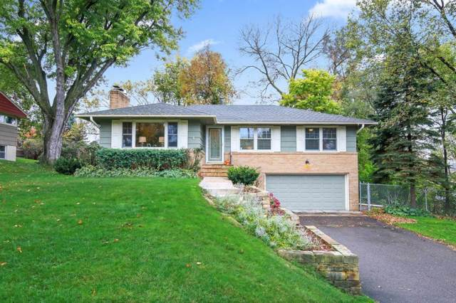 11303 Oakvale Road S, Minnetonka, MN 55305 (#5323191) :: House Hunters Minnesota- Keller Williams Classic Realty NW