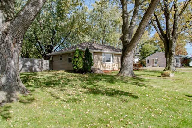 183 County Road C2 W, Roseville, MN 55113 (#5323907) :: House Hunters Minnesota- Keller Williams Classic Realty NW