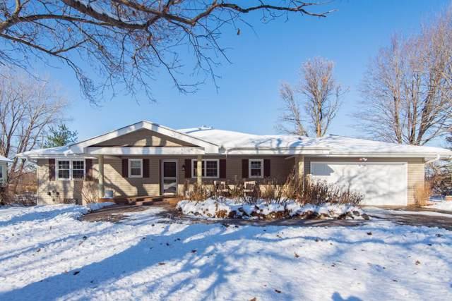 16960 S Shore Lane, Eden Prairie, MN 55346 (#5329814) :: Bre Berry & Company