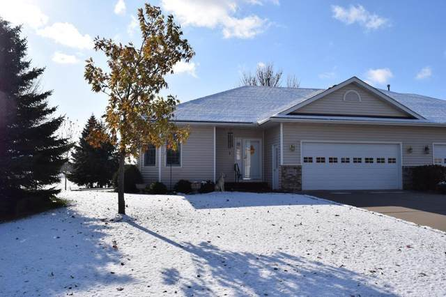 901 Prairie Oak Drive, Belle Plaine, MN 56011 (#5330284) :: The Odd Couple Team