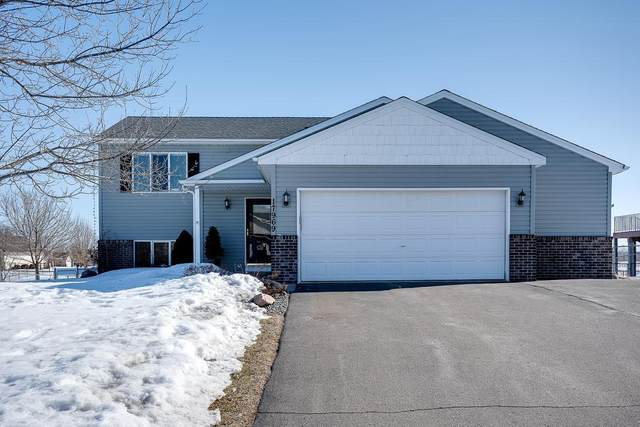 17969 Lincoln Street NW, Elk River, MN 55330 (#5330481) :: TAYLORed Realty Team