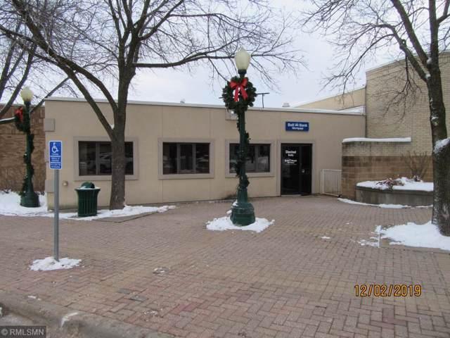 413 N Chestnut Street, Chaska, MN 55318 (#5336805) :: The Sarenpa Team