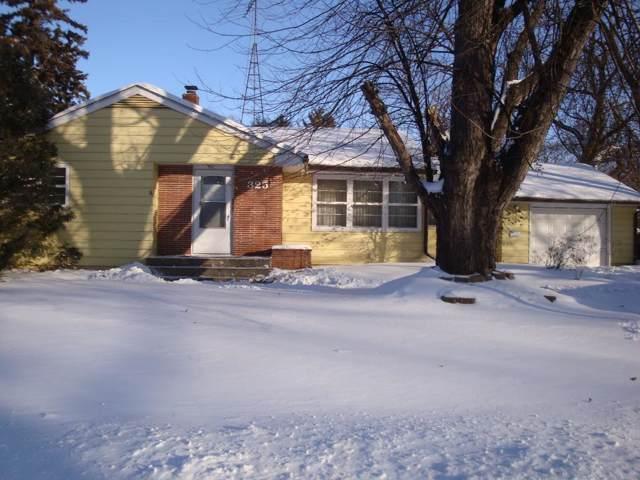 325 Lake Street SW, Hutchinson, MN 55350 (#5348218) :: Bre Berry & Company