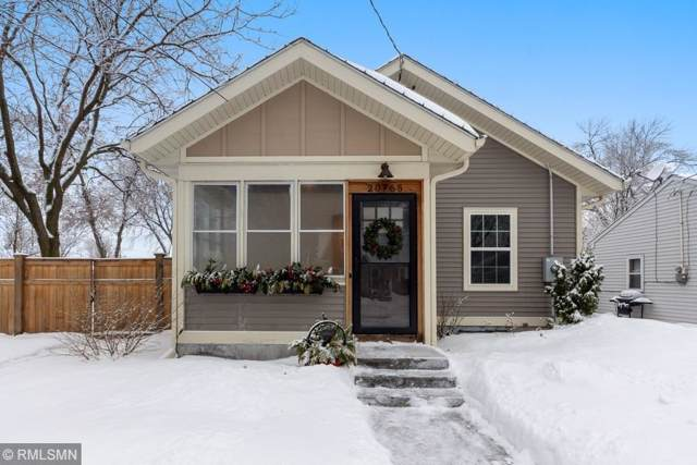 20765 Hollins Avenue W, Lakeville, MN 55044 (#5434097) :: The Preferred Home Team