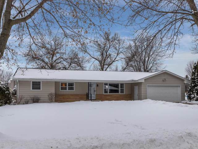 606 26th Street SW, Austin, MN 55912 (#5470542) :: The Janetkhan Group