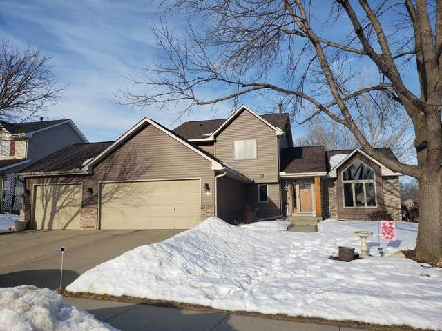 6104 Dufferin Drive, Savage, MN 55378 (#5483682) :: The Janetkhan Group