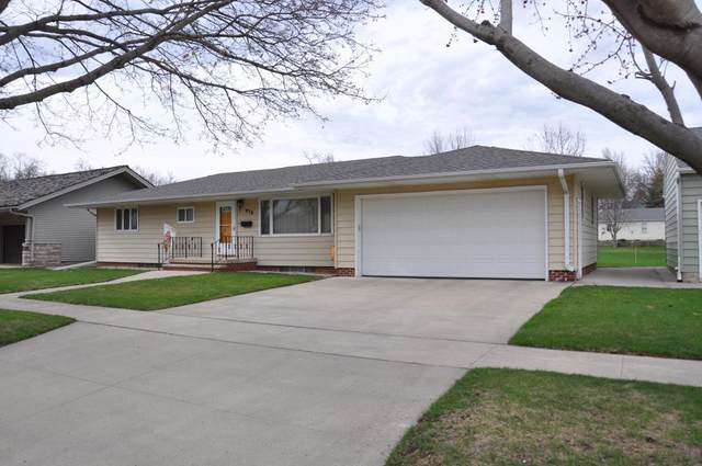 936 7th Street, Sibley, IA 51249 (#5486375) :: Bre Berry & Company