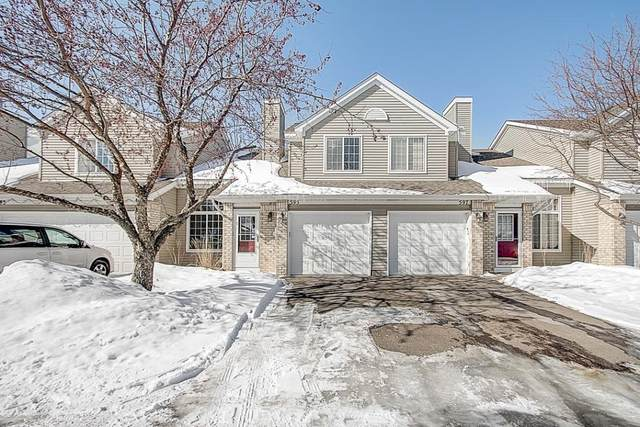595 Mission Hills Way W, Chanhassen, MN 55317 (#5489381) :: The Janetkhan Group
