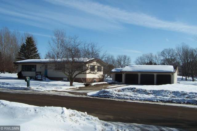 670 8th Ave, Baldwin, WI 54002 (#5489781) :: The Janetkhan Group