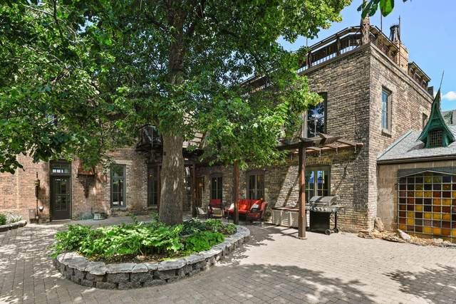 247 10th Avenue S, Minneapolis, MN 55415 (#5490413) :: Bos Realty Group