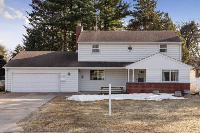1209 Pine Street W, Stillwater, MN 55082 (#5506145) :: The Janetkhan Group
