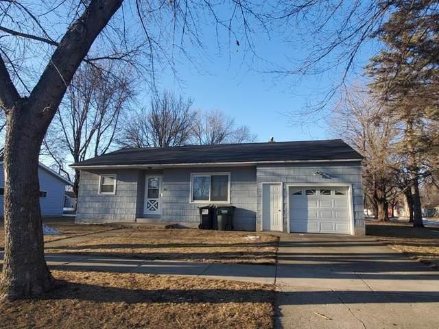 927 16th Street E, Glencoe, MN 55336 (#5508381) :: The Janetkhan Group