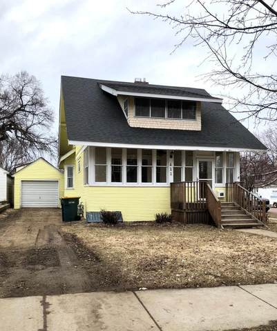 611 N 4th Street, Marshall, MN 56258 (#5543468) :: The Janetkhan Group