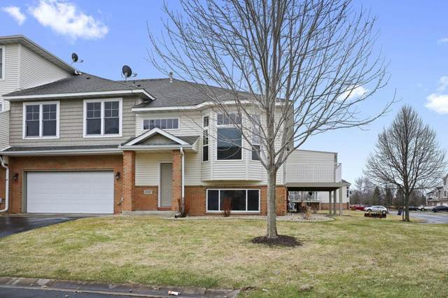 20087 Highview Avenue, Lakeville, MN 55044 (#5549363) :: Bre Berry & Company