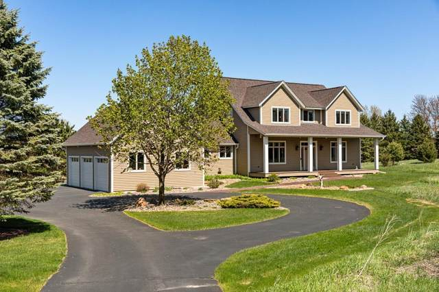 4587 Parsons Court, Afton, MN 55001 (#5560356) :: Holz Group