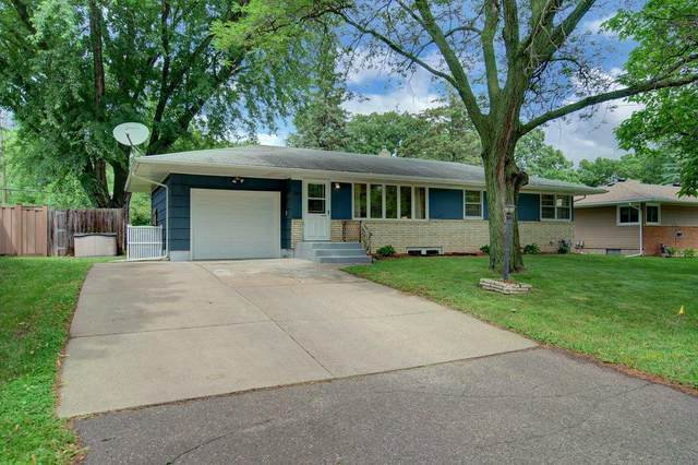 1291 Rose Place, Roseville, MN 55113 (#5561386) :: Happy Clients Realty Advisors