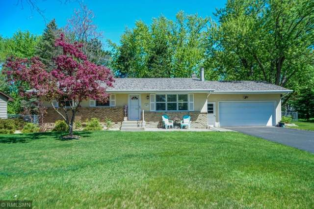 683 Tanglewood Drive, Shoreview, MN 55126 (#5570102) :: Bre Berry & Company