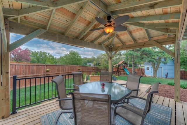 6961 26th Street Court N, Oakdale, MN 55128 (#5571785) :: Holz Group