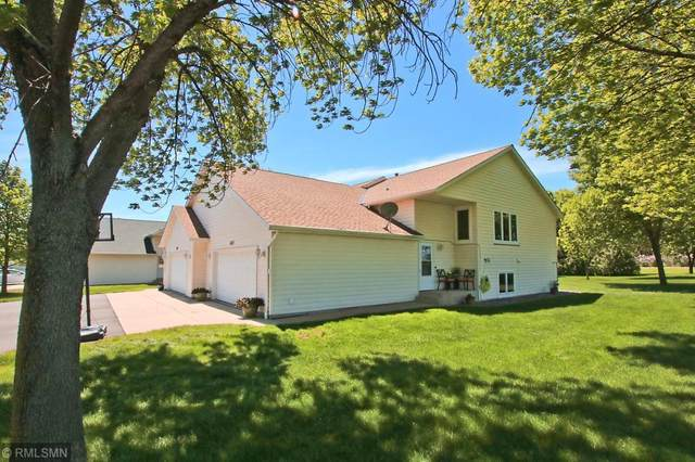 1037 Prairie View Drive SW, Hutchinson, MN 55350 (#5573342) :: The Janetkhan Group