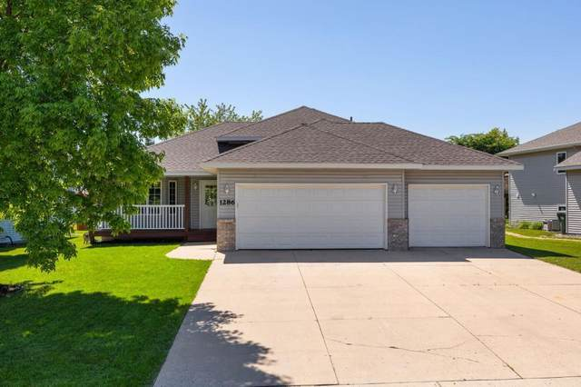 1286 Sunburst Way SE, Hutchinson, MN 55350 (#5575419) :: The Janetkhan Group