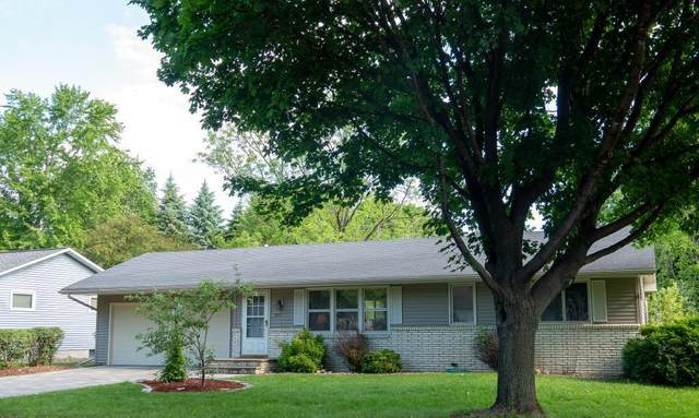 913 Roosevelt Street, River Falls, WI 54022 (MLS #5578492) :: The Hergenrother Realty Group