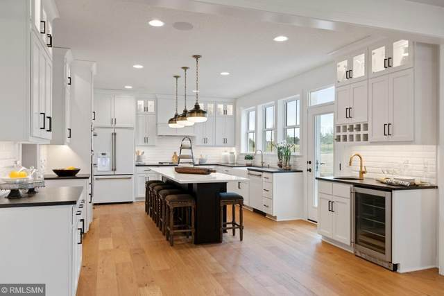 16624 Duluth Trail, Lakeville, MN 55044 (#5607676) :: The Pietig Properties Group