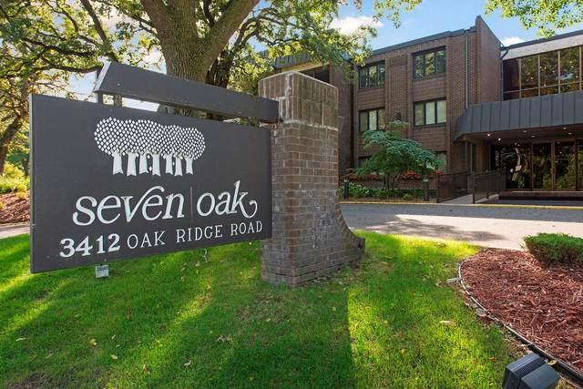 3412 Oak Ridge Road #214, Minnetonka, MN 55305 (#5613921) :: Tony Farah | Coldwell Banker Realty