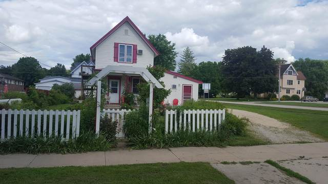 610 Parkway Avenue S, Lanesboro, MN 55949 (#5614136) :: The Janetkhan Group