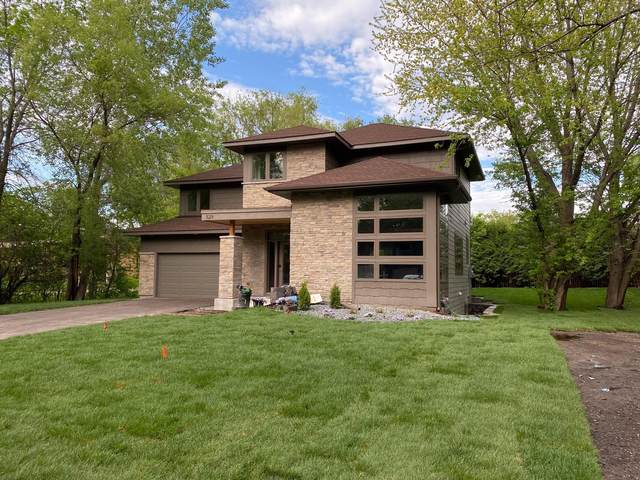 529 Division Street, Excelsior, MN 55331 (#5614833) :: Bre Berry & Company