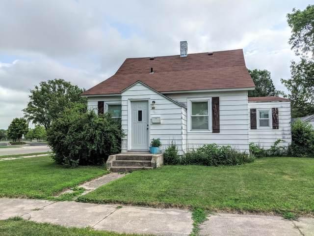 301 S 1st Street, Marshall, MN 56258 (#5615750) :: Bre Berry & Company
