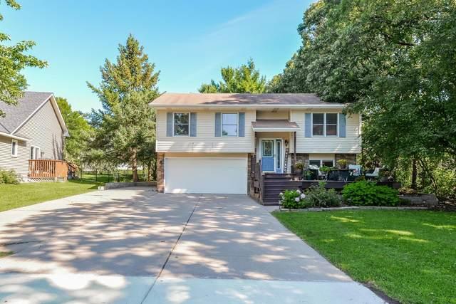 14250 Upper 54th Street N, Oak Park Heights, MN 55082 (#5615929) :: The Pietig Properties Group