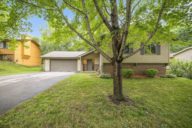 11220 Red Fox Drive, Maple Grove, MN 55369 (#5617024) :: The Preferred Home Team