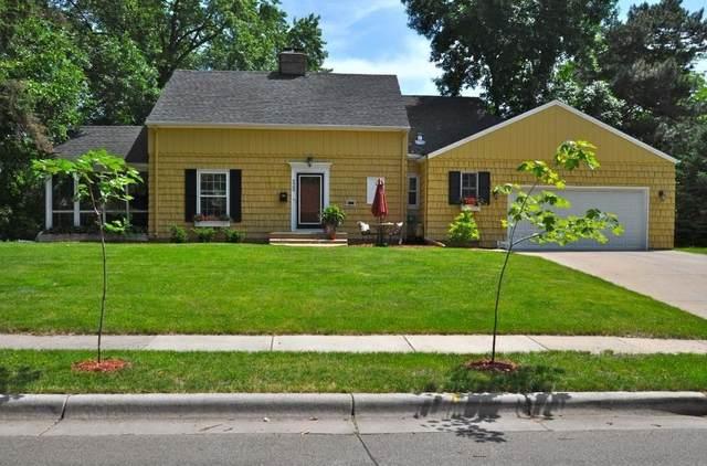 4909 Sunnyside Road, Edina, MN 55424 (#5617161) :: Happy Clients Realty Advisors