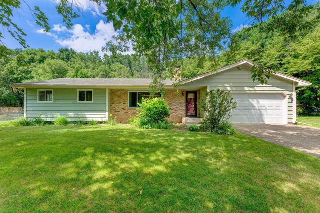 6731 Maple Drive, Rockford, MN 55373 (#5618050) :: Servion Realty