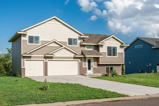 716 Horseshoe Lane, Braham, MN 55006 (#5618262) :: Servion Realty