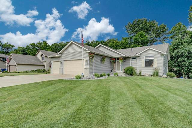 20800 Glenbrook Avenue N, Forest Lake, MN 55025 (MLS #5618279) :: The Hergenrother Realty Group