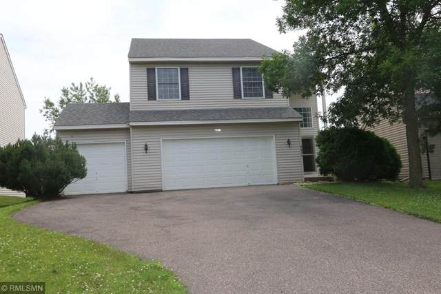 8475 Savanna Oaks Lane, Woodbury, MN 55125 (#5618753) :: The Janetkhan Group