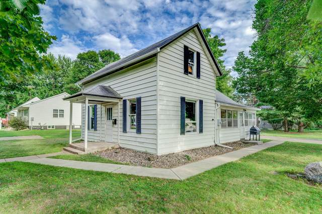 254 W 6th Street, New Richmond, WI 54017 (#5618893) :: Bos Realty Group