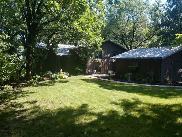 132 Woodhill Road, Redwood Falls, MN 56283 (#5619471) :: The Odd Couple Team