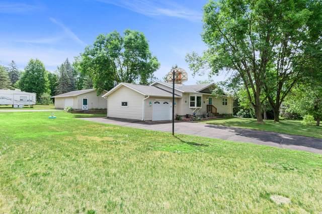39085 Homestead Avenue, North Branch, MN 55056 (#5619772) :: Servion Realty