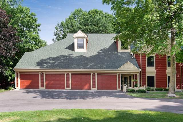 15705 26th Avenue N A, Plymouth, MN 55447 (#5620019) :: Bre Berry & Company