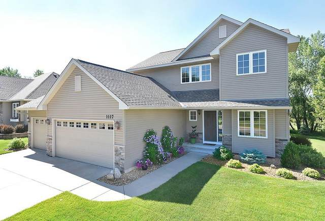 1117 Goldenray Drive, Faribault, MN 55021 (MLS #5620568) :: The Hergenrother Realty Group