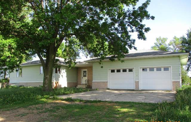 31268 640th Avenue, Hartland, MN 56042 (MLS #5620898) :: The Hergenrother Realty Group