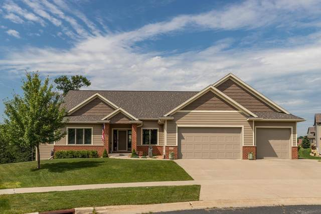 1432 Echo Ridge Road SW, Rochester, MN 55902 (MLS #5621374) :: The Hergenrother Realty Group