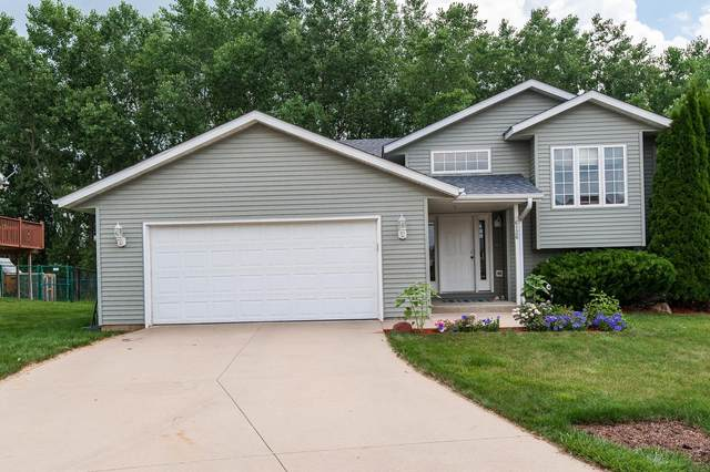 6126 Jonathan Lane NW, Rochester, MN 55901 (MLS #5621724) :: The Hergenrother Realty Group